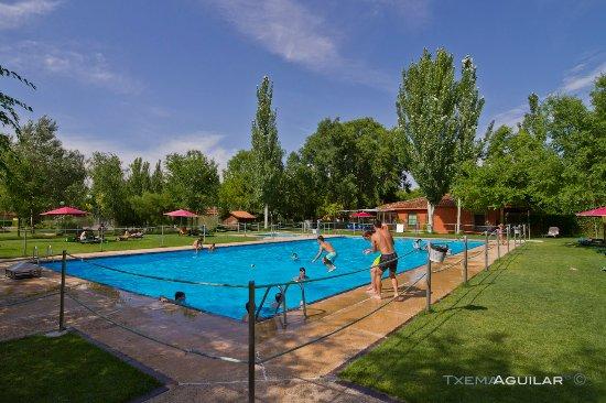 Camping el astral tordesillas castilla y le n opiniones comparaci n de precios y fotos del - Hoteles en leon con piscina ...