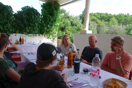 Three island cruise : Lunch at the captains house