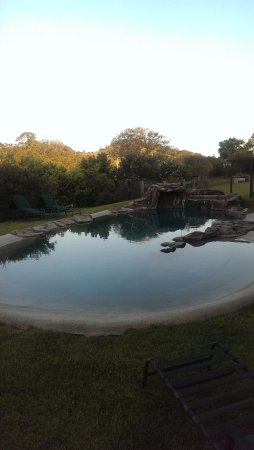 Amamoor, Australien: Pool at dusk.