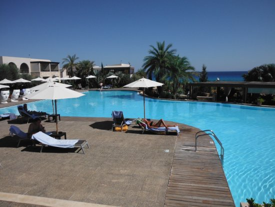 AquaGrand Exclusive Deluxe Resort: View from main pool to the sea