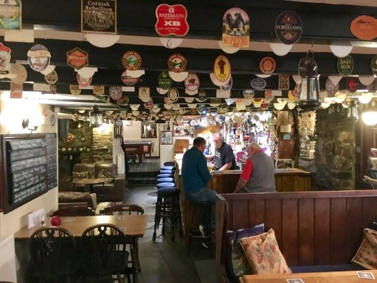 Camelford, UK: The Horseshoe Inn