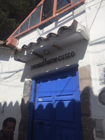 Second Home Cusco: 입구