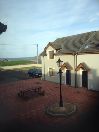 Ballyheigue, Ирландия: From our bedroom