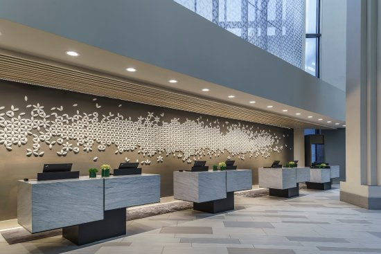 Hyatt Regency Grand Cypress: Front Desk