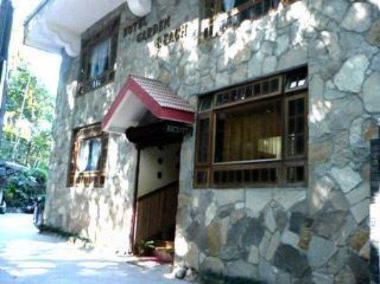 Garden Reach Hotel