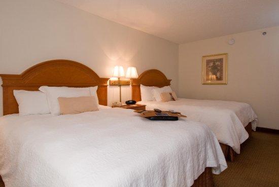 Peachtree City, GA: Two Queen Beds