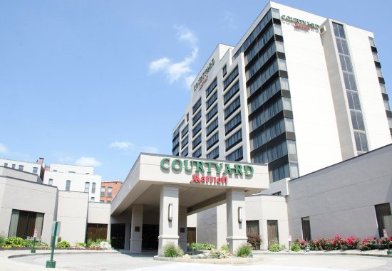 Courtyard Waterbury Downtown: Exterior