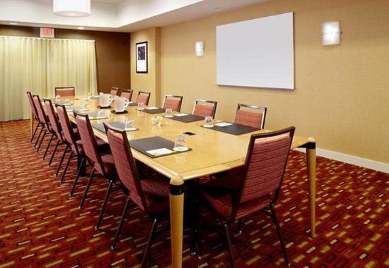 Stow, OH: Starr Boardroom