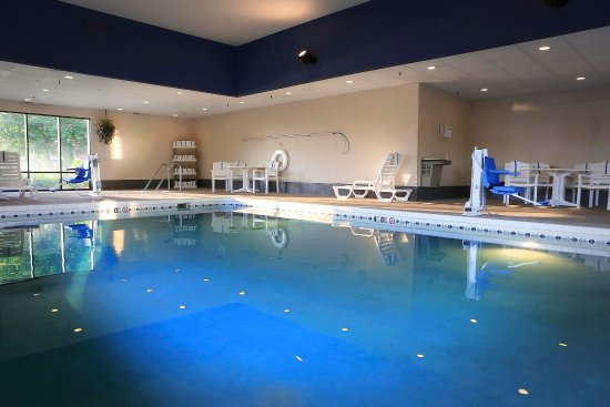 Hampton Inn Eau Claire: Pool/Whirlpool