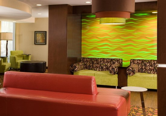 Hampton Inn Orlando Near Universal Blv / International Dr: Lobby Seating Area