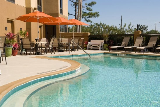 Hampton Inn Orlando Near Universal Blv / International Dr: Outdoor Pool Patio