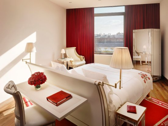 Faena Hotel Buenos Aires: Premier Skyline View Room