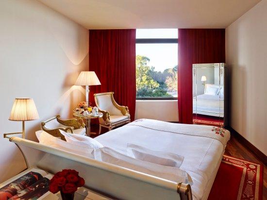 Faena Hotel: Park View Room