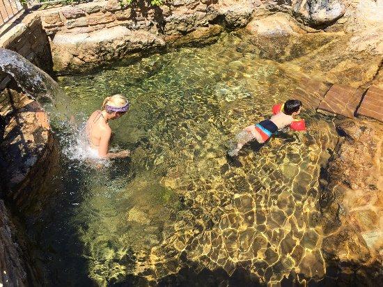 Hotel Terme di Caldana : piscinetta termale