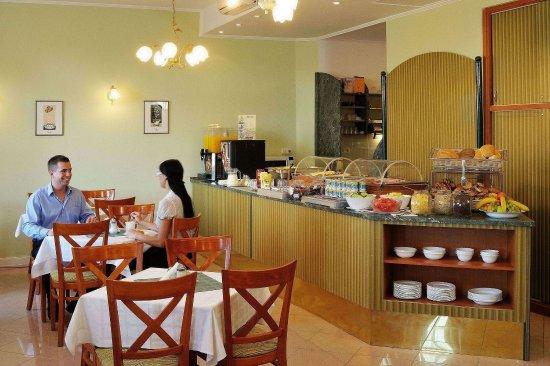 Baross City Hotel: Bar/Lounge