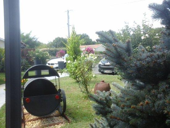 Hourtin, França: la petite locomotive dans le jardin