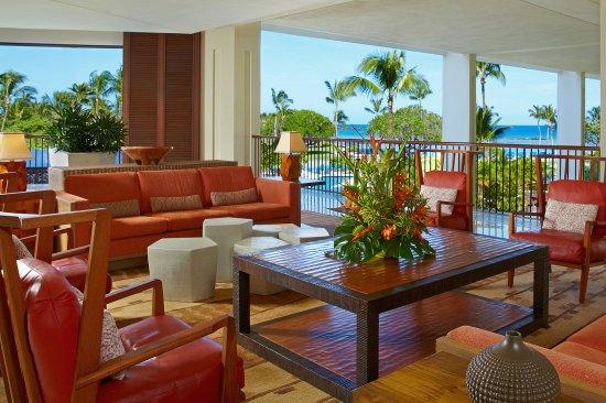 Mauna Lani Bay Hotel & Bungalows : Kona Lobby