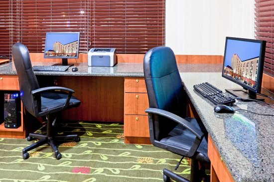 Hampton Inn Boston-Logan Airport: Business Center