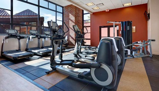 The Saratoga Hilton: Fitness Center