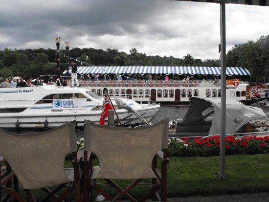 Henley-on-Thames, UK: Thameside views at Henley Royal Regatta