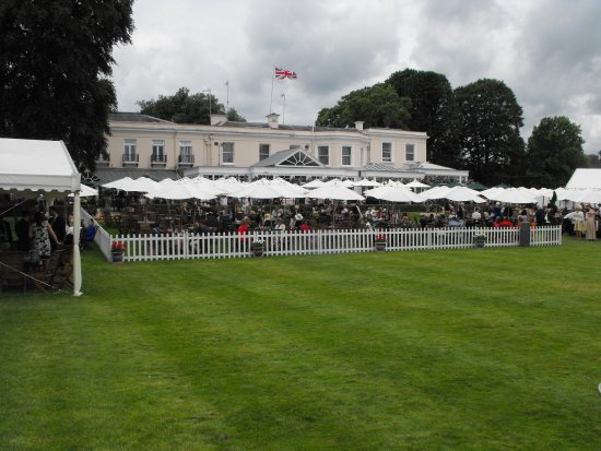Henley-on-Thames, UK: One of the Riverside clubs at HRR
