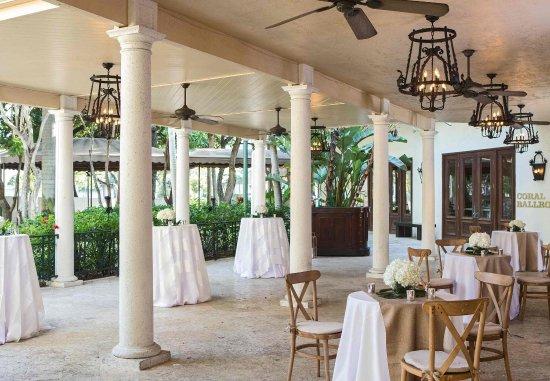 رينيسانس بوكا راتون هوتل: Veranda - Cocktail Reception