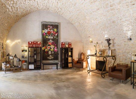 Aurons, Frankrijk: Caveau de dégustation