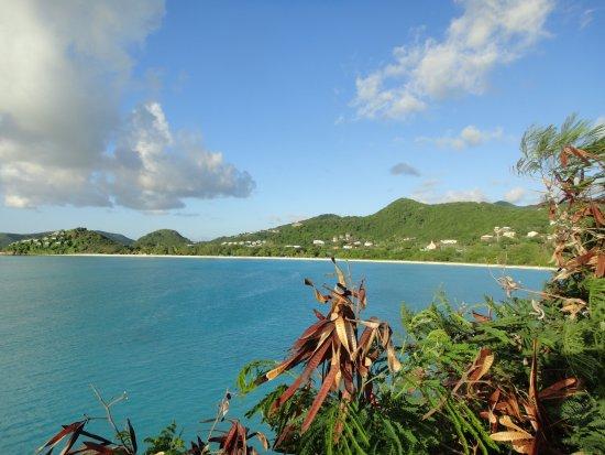 Cocobay Resort: panorama dalla pool 1