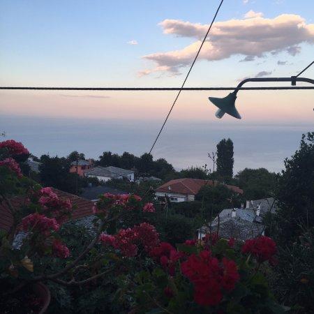 Zagora, Yunanistan: η θέα από το μπαλκόνι
