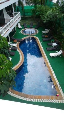 Inn Patong Beach Hotel Phuket: 20160910_091805_large.jpg
