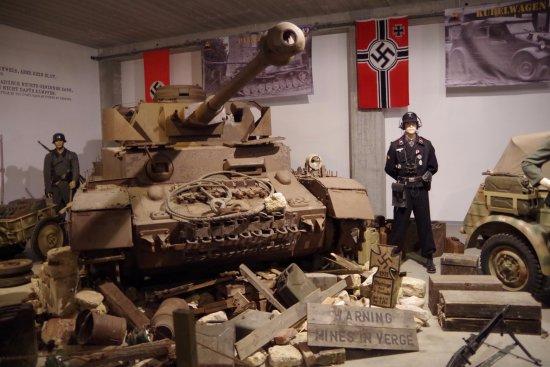 parcours en char comme passager photo de normandy tank museum catz tripadvisor. Black Bedroom Furniture Sets. Home Design Ideas