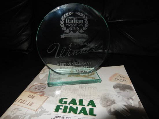 La Dolce Vita: ITALIAN AWARDS,  Winner of regional Best small Italian Restaurant