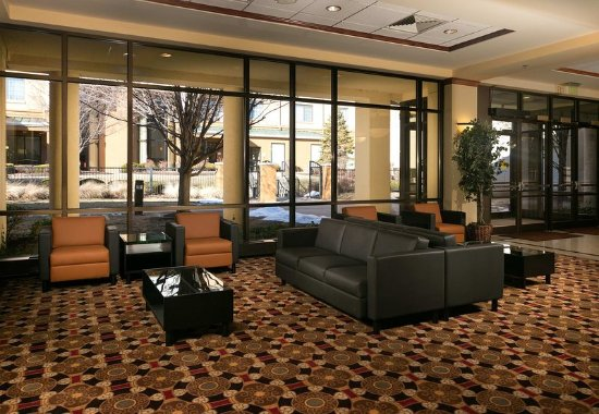 Blue Springs, MO: Conference Center Lobby