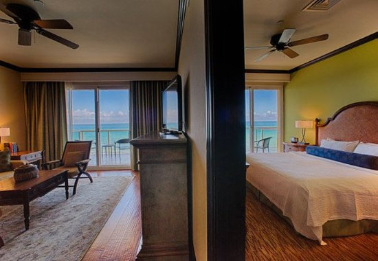 Jensen Beach, Флорида: Oceanfront Executive Penthouse Suite