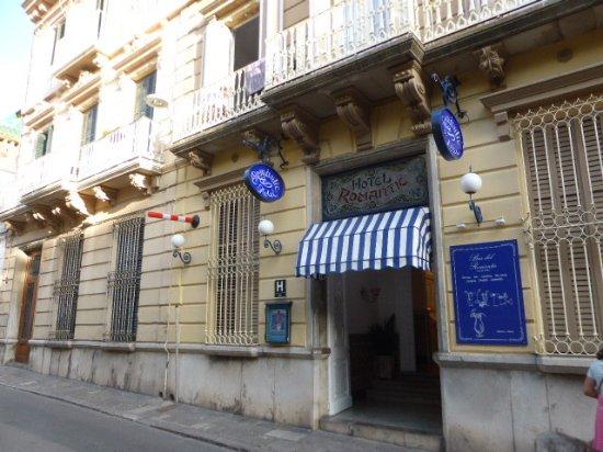 Hotel Medium Romàntic: l entrée de l'hotel