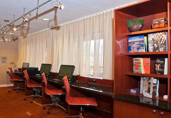Wall Township, NJ: Business Center