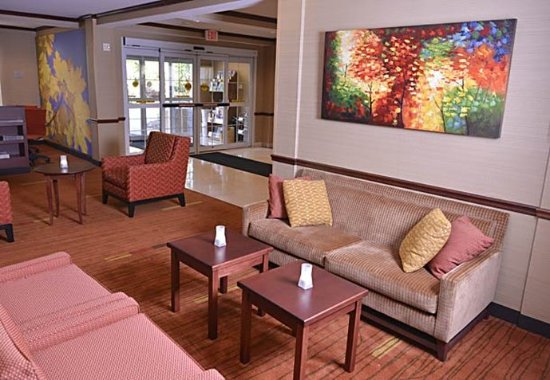 Middlebury, VT: Lobby – Sitting Area