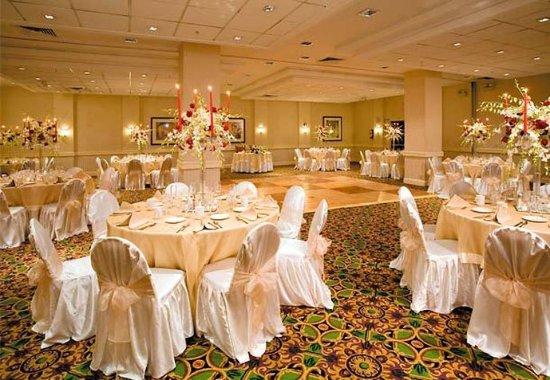 East Elmhurst, NY: Courtyard Ballroom