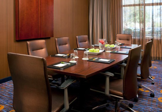 Pleasant Hill, Kaliforniya: Boardroom