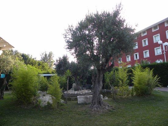 Mercogliano, Włochy: Il parco dell'hotel