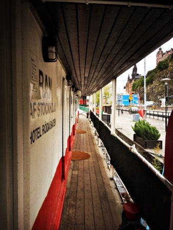 The Red Boat Hotel & Hostel: landside-rooms