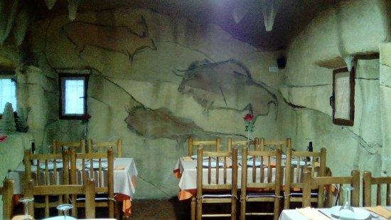 Alhama de Murcia, Spagna: La Caverna