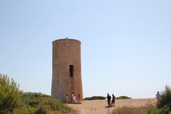 أبارتمنوس كالا دور بلايا: A small castle
