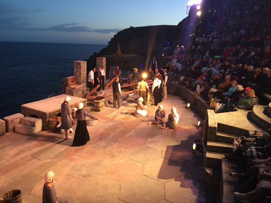 Minack Theatre: On the edge of the Crucible