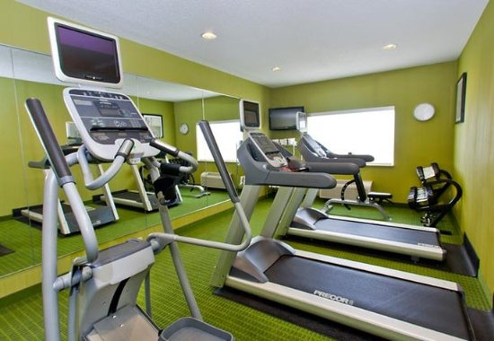 Fairfield Inn & Suites Champaign: Fitness Center