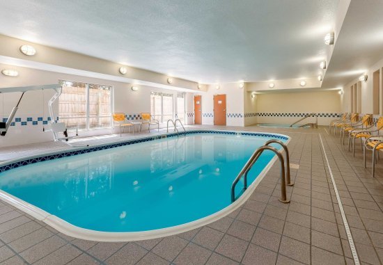 Stevens Point, Ουισκόνσιν: Indoor Pool & Hot Tub