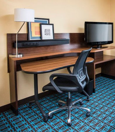 Mishawaka, IN: Suite Work Desk