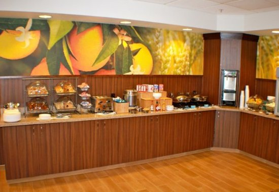 Yakima, WA: Breakfast Buffet