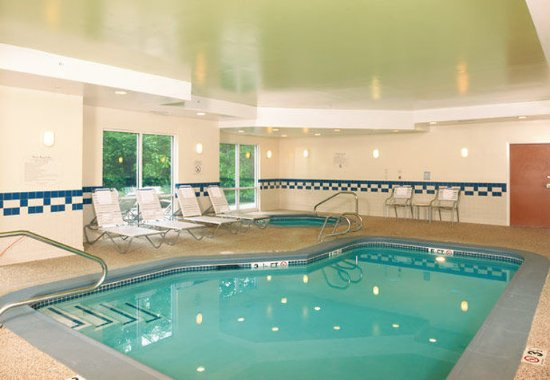 Brunswick, ME : Indoor Pool