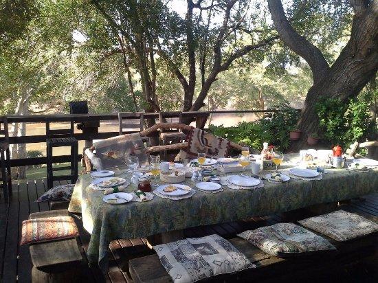 Balule Private Game Reserve, Νότια Αφρική: Breakfast River View